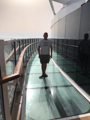 The Infinity Bridge, deck 18